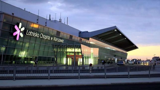 Zdjęcie lotniska Chopina w Warszawie